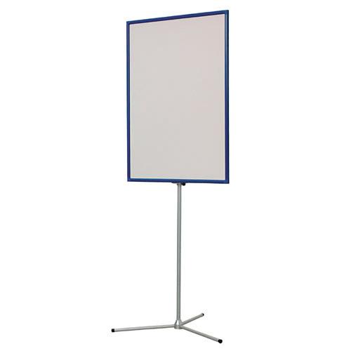 На стенде возможно использование фотопанели из баннера или жестких материалов.