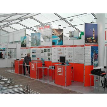 Планшетные рамочные стенды Foldup активно используются на выставках