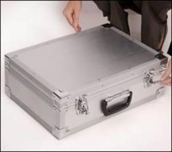 Буклетница складная формата А3 и А4 в чемодане
