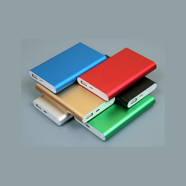 Зарядное устройство Рower Bank PBM02 с плоской поверхностью под нанесение логотипа.