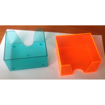 производство пластиковых подставок под бумажные блоки-кубарики