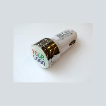 Автомобильная зарядка от прикуривателя для зарядки любого USB гаджета