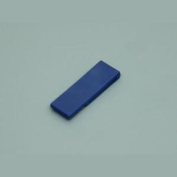 Синяя скрепка-флешка, фундамент вашего бизнеса.